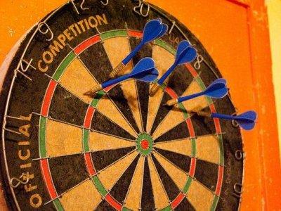 dart-board-target-miss